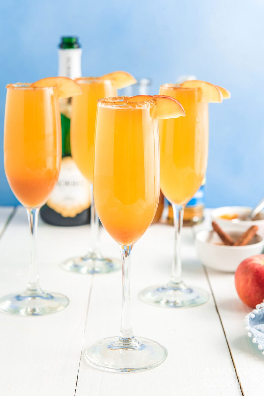 4 GLASSES OF CARAMEL APPLE MIMOSAS