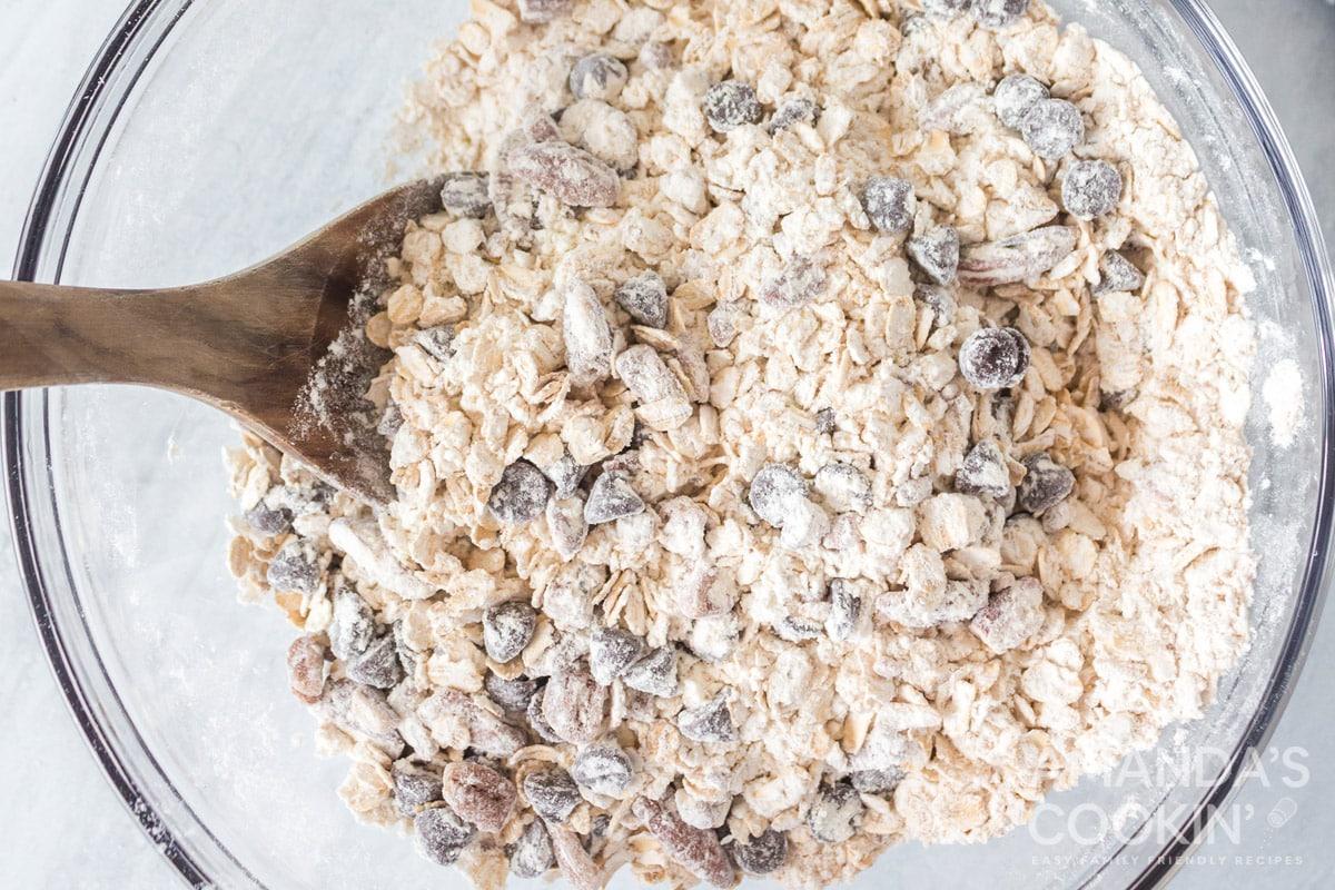 mixing dry ingredients