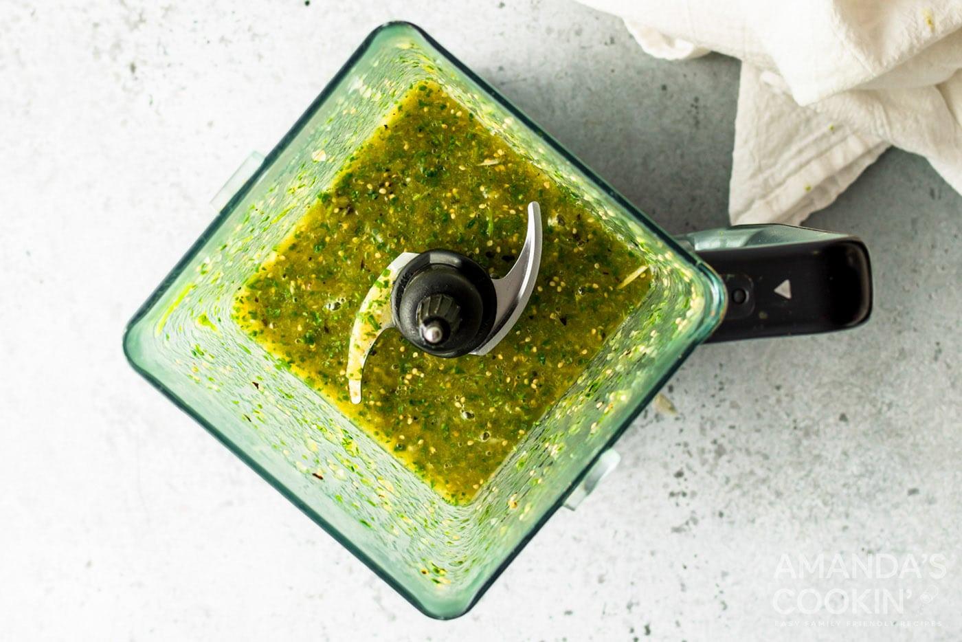 ingredients for green salsa blended together