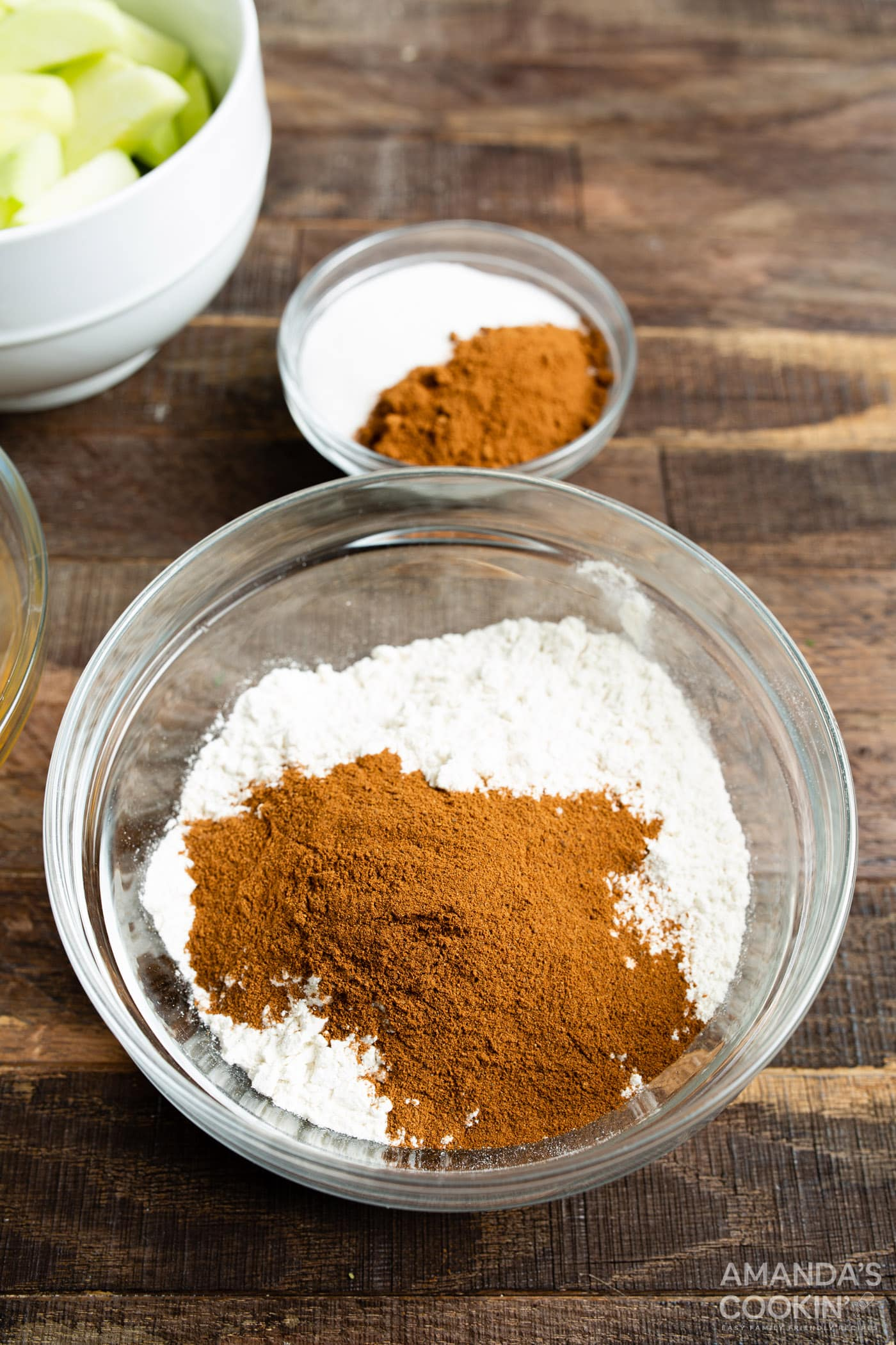 flour and apple pie spice in a bowl