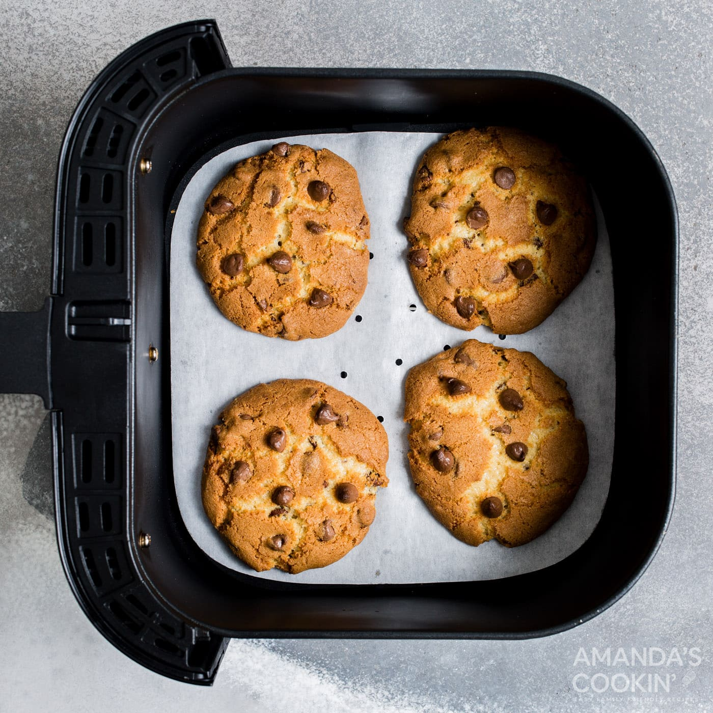 chocolate chip cookies in the air fryer