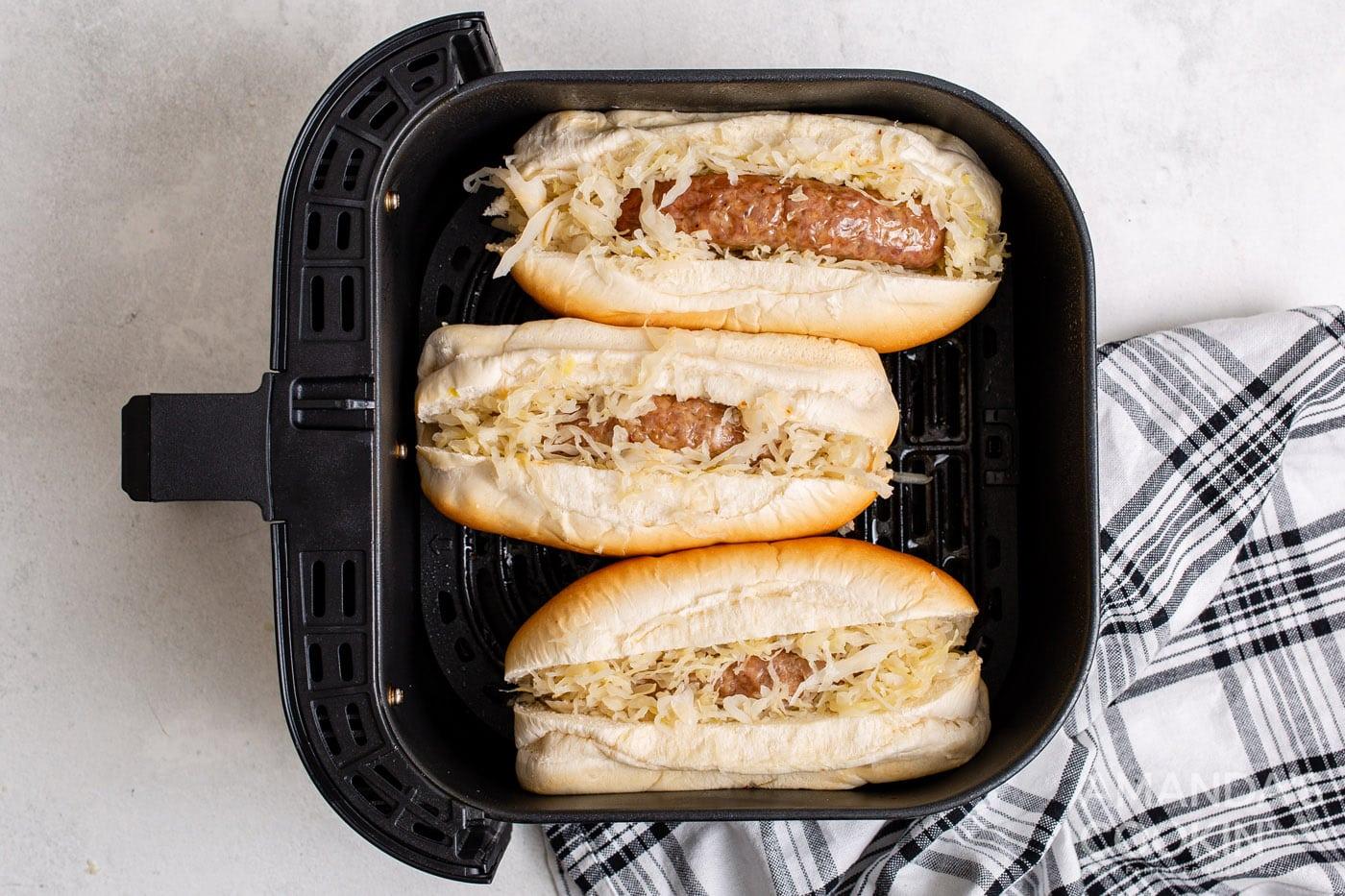 sauerkrat and on bratwurst with buns