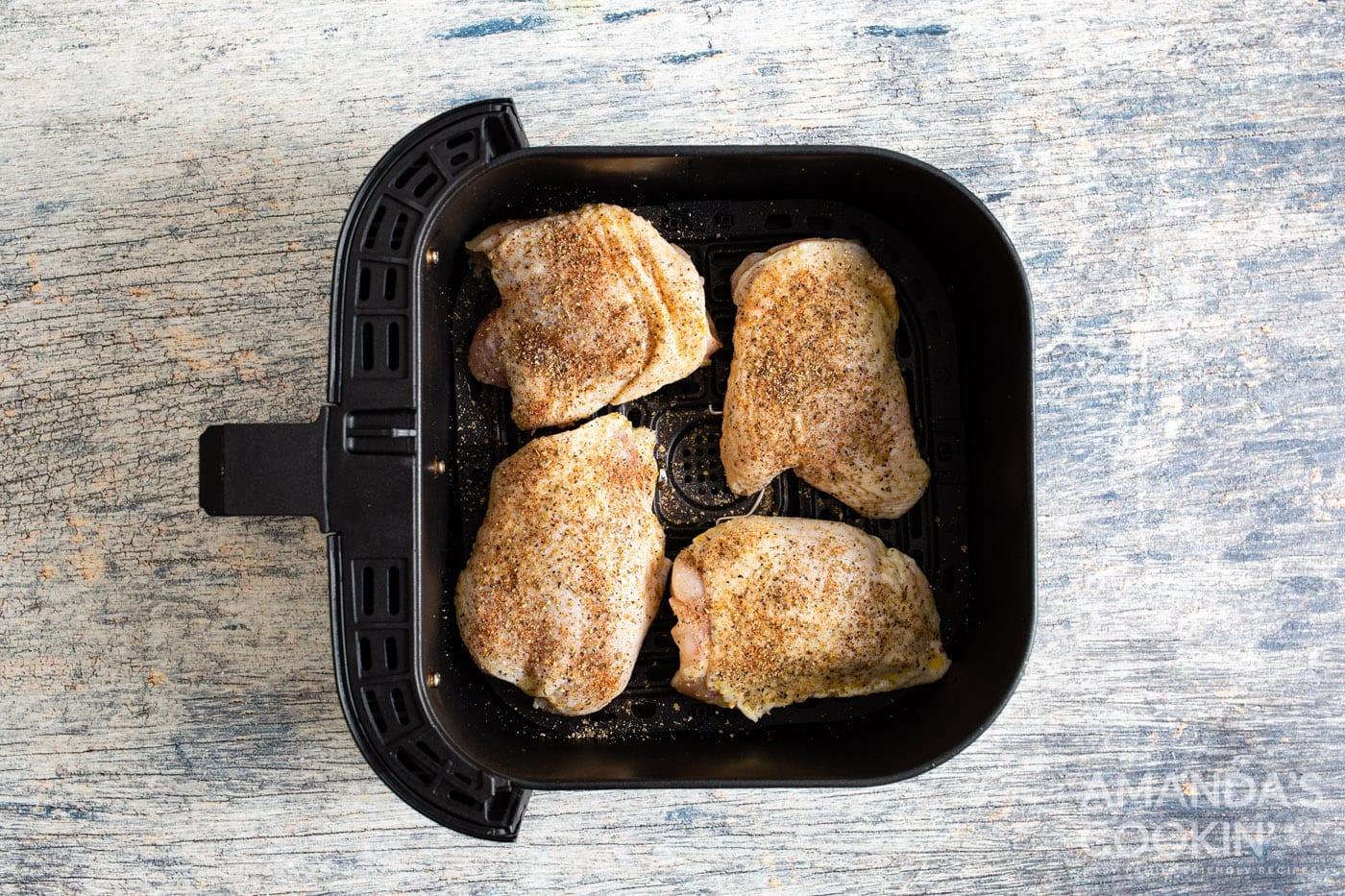 chicken thighs skin side down in air fryer