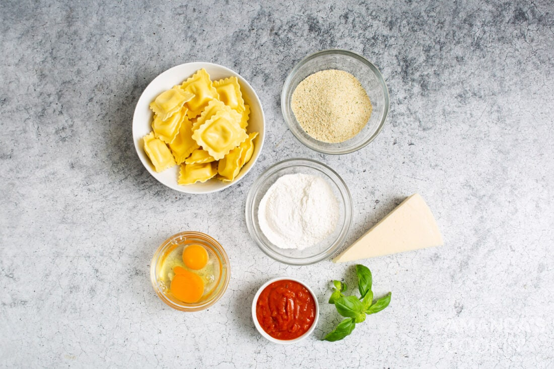 ingredients for making air fryer ravioli