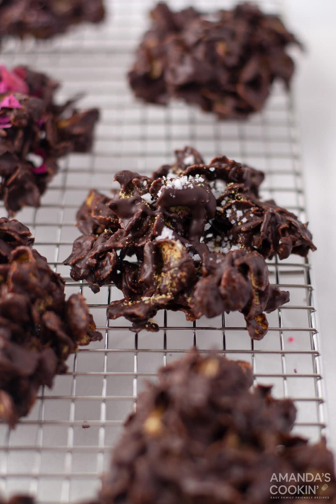 no bake cornflake cookies made with dark chocolate