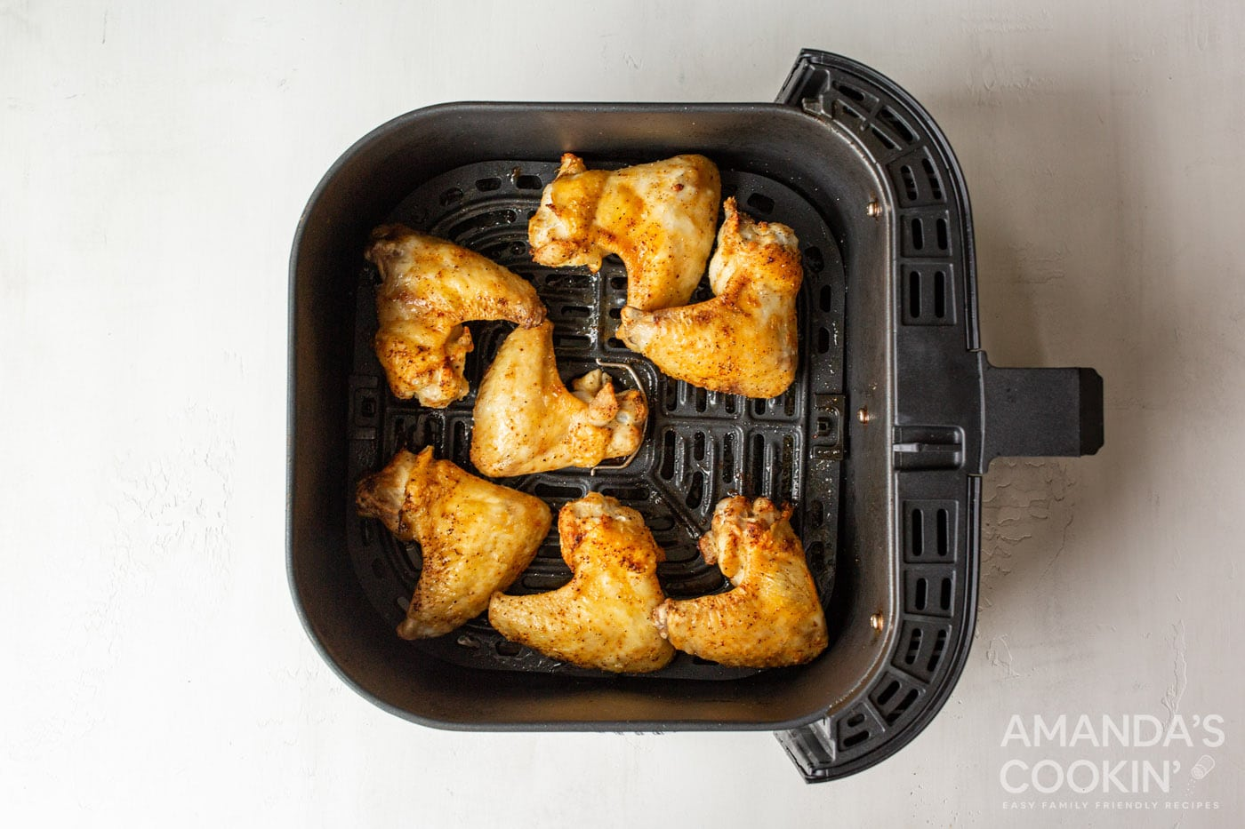 crispy cooked chicken wings in the air fryer