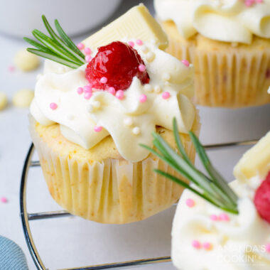 Raspberry White Chocolate Cupcakes