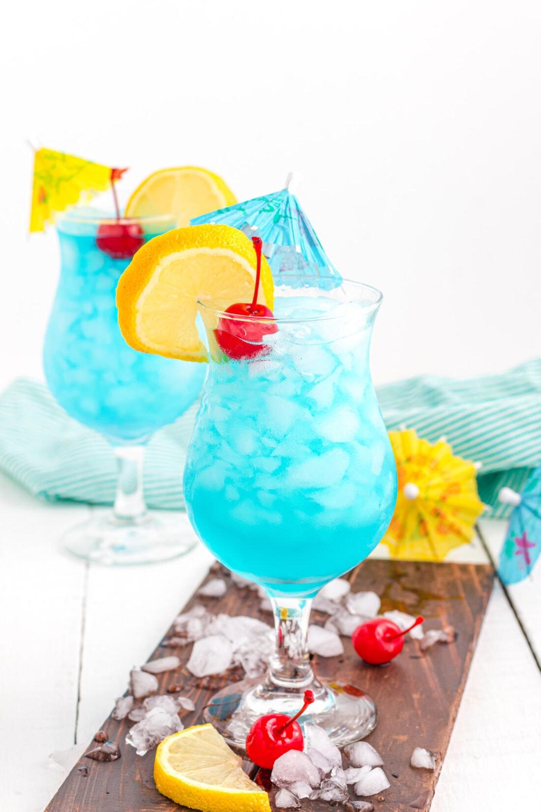 2 Blue Lagoon Cocktails