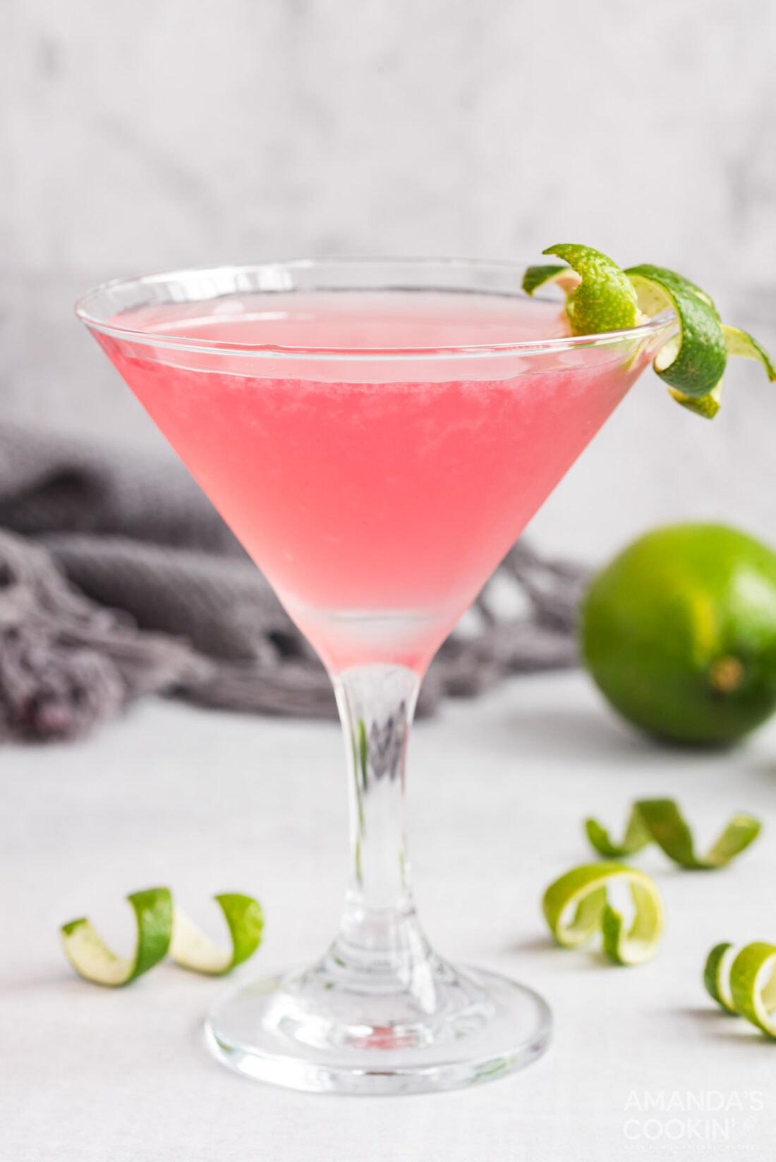 cosmopolitan cocktail