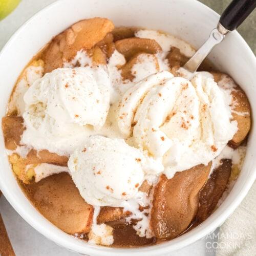 Crockpot Cinnamon Apples with ice cream