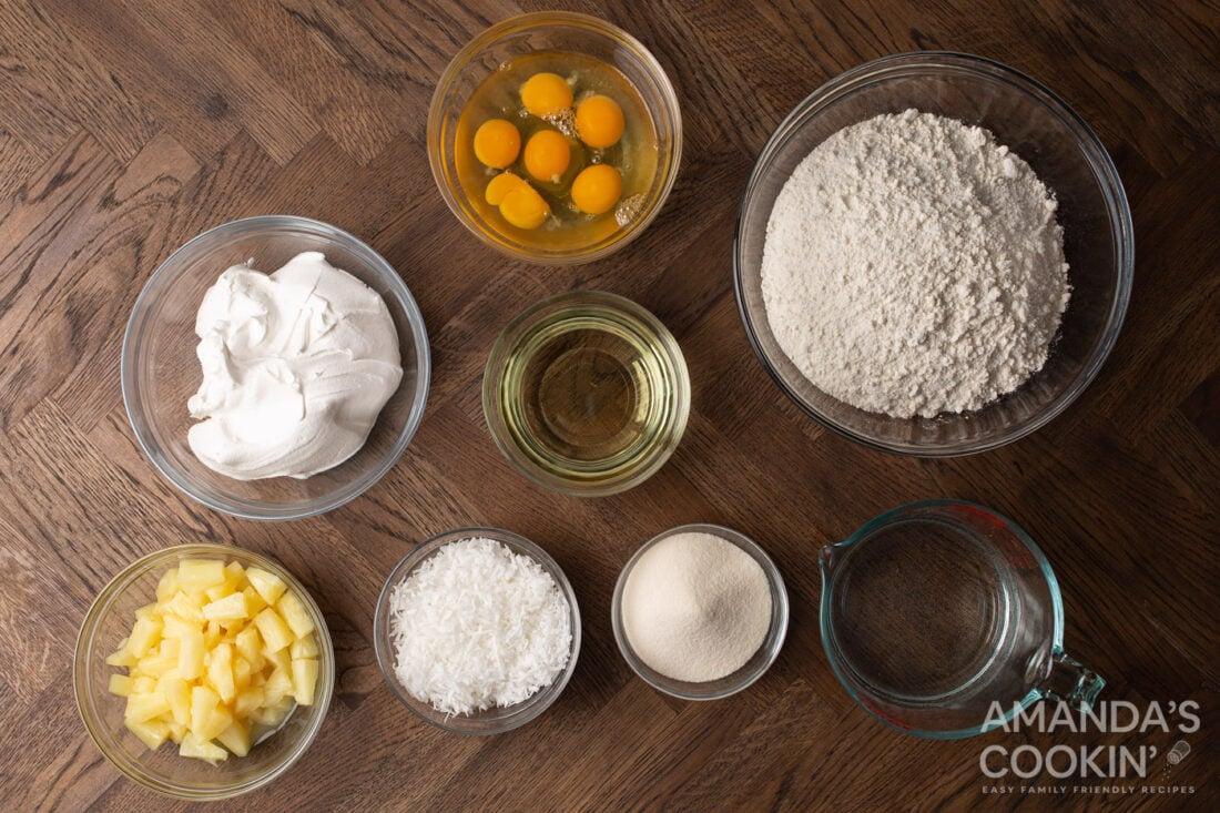ingredients for making pineapple poke cake