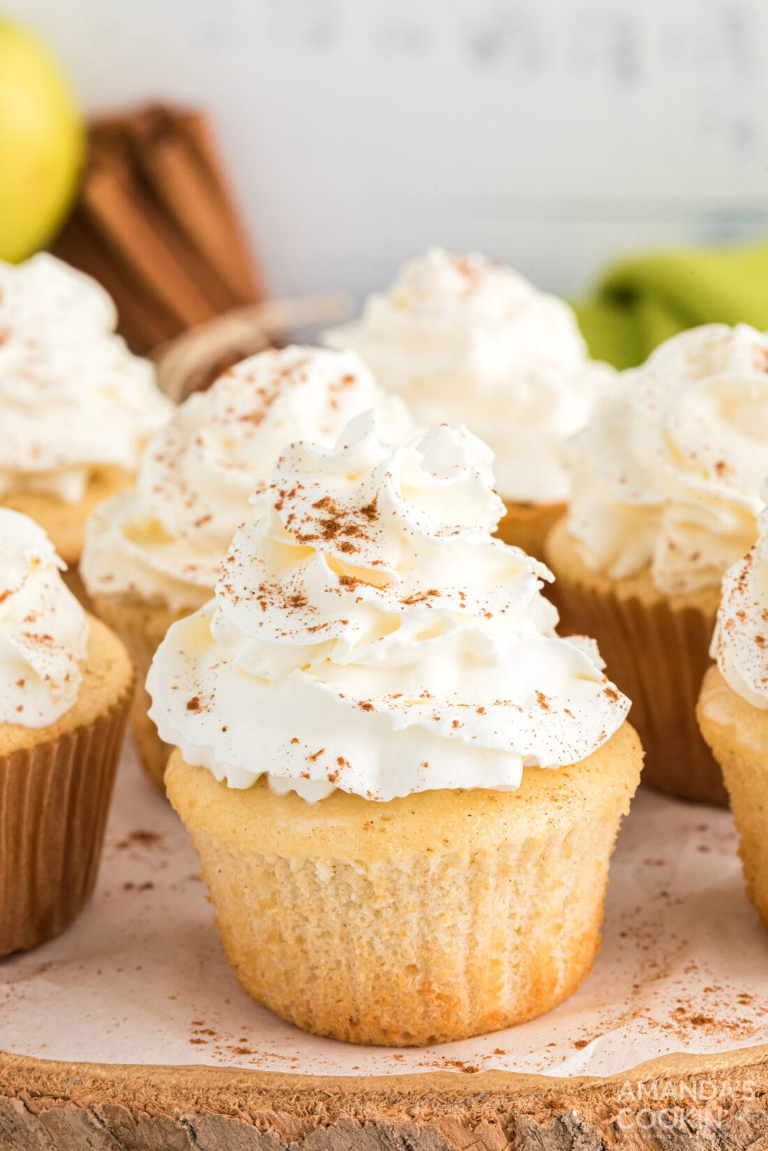 apple pie cupcake with frosting