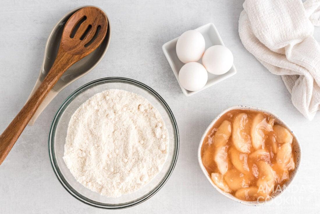 ingredients for 3-Ingredient Apple Pie Cupcakes