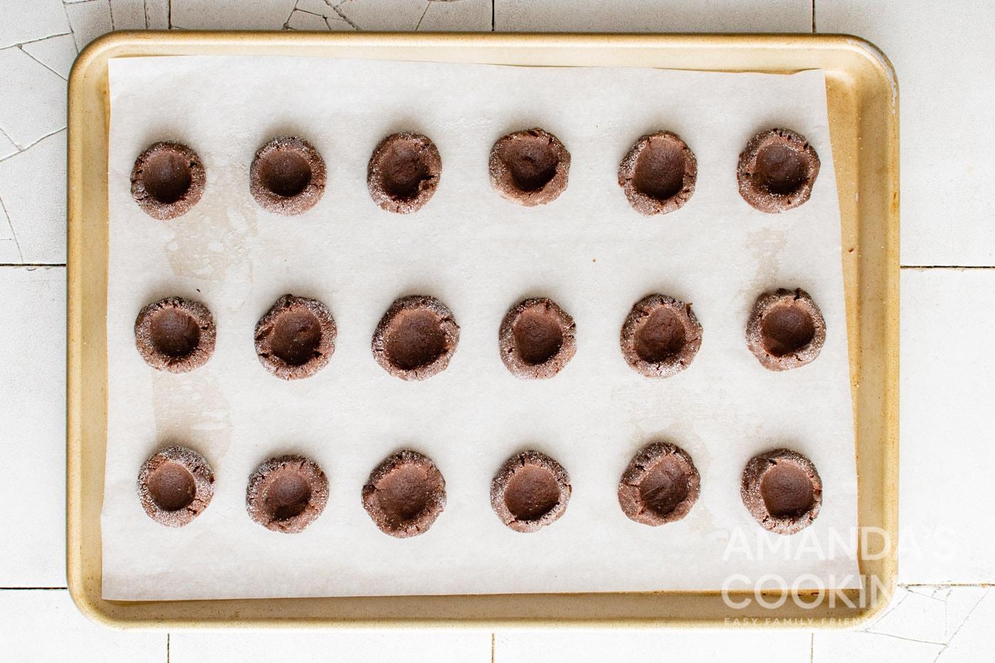 indents in cookie dough balls